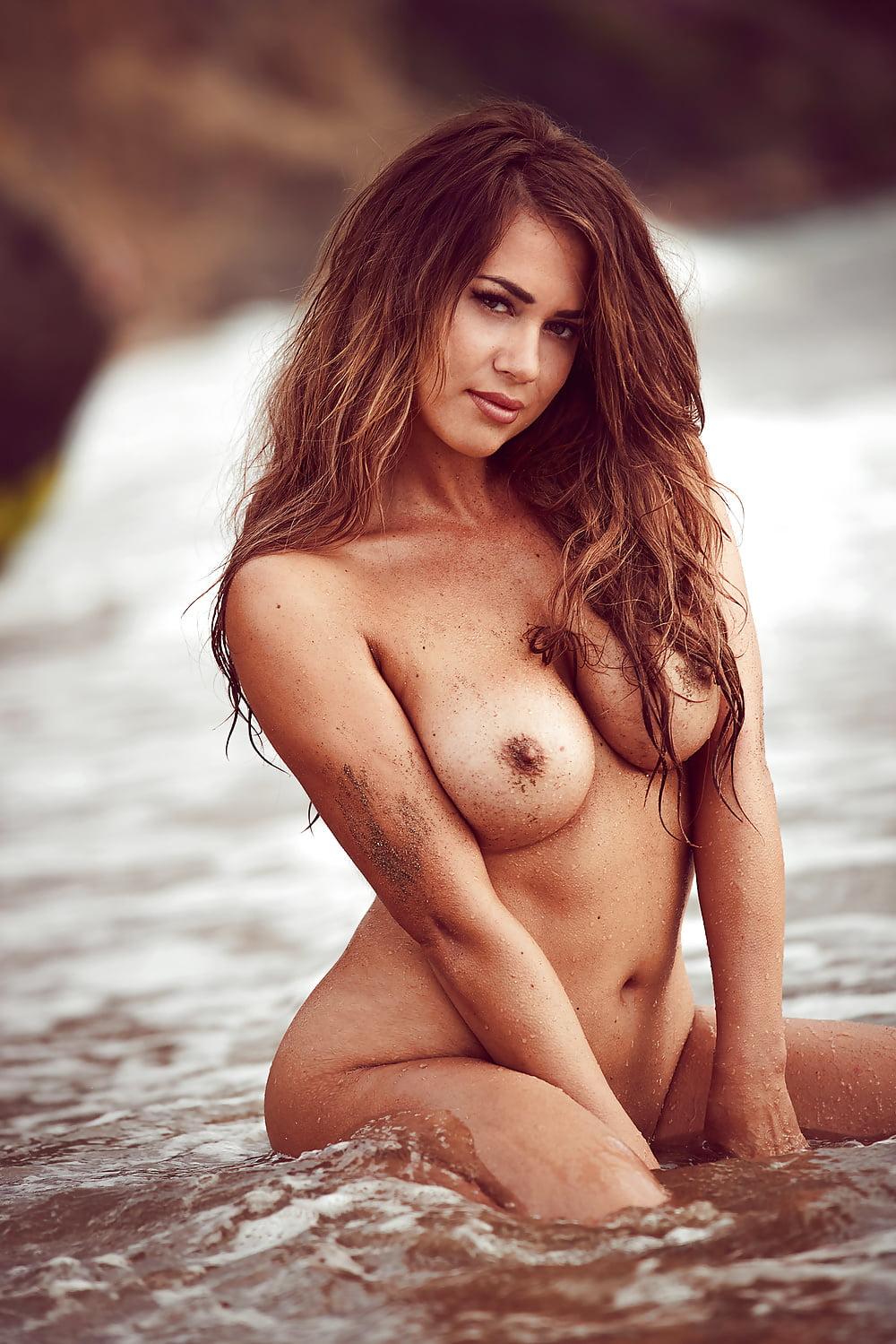 Paszka porno jessica Jessica Paszka
