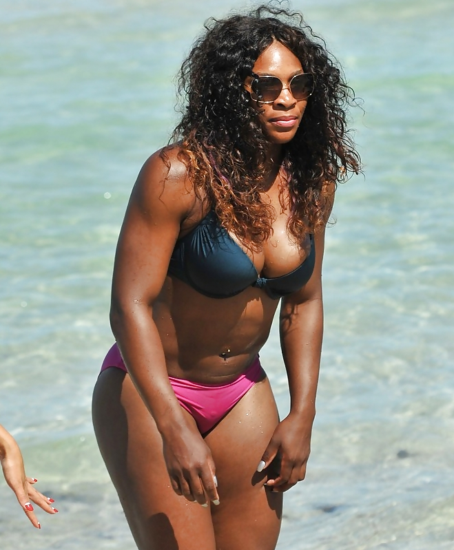Shocked wimbledon fans slam bbc after it shows serena williams distracting nipples