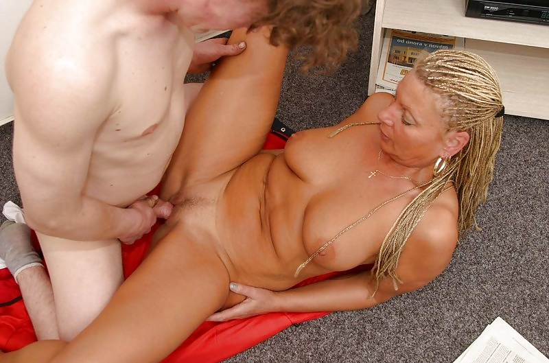 Blonde english mature free thumbs