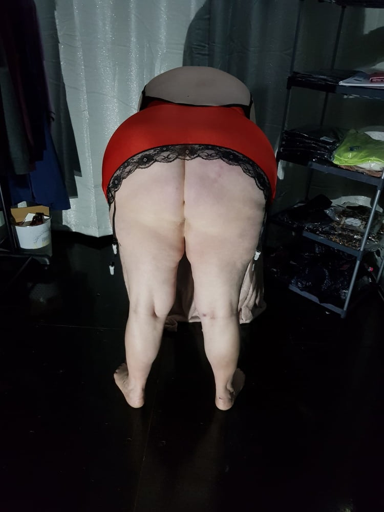 Filthy slag wife in the container 1 - 23 Pics