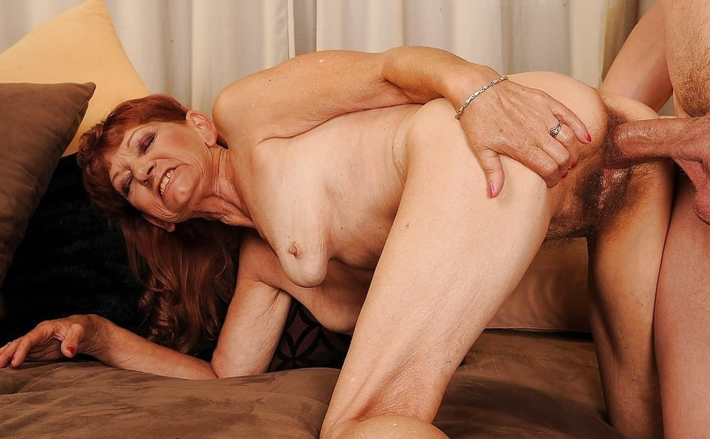 Older woman getting fucked