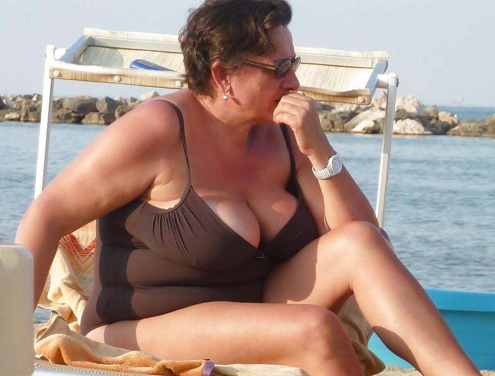 beach-mature-sex