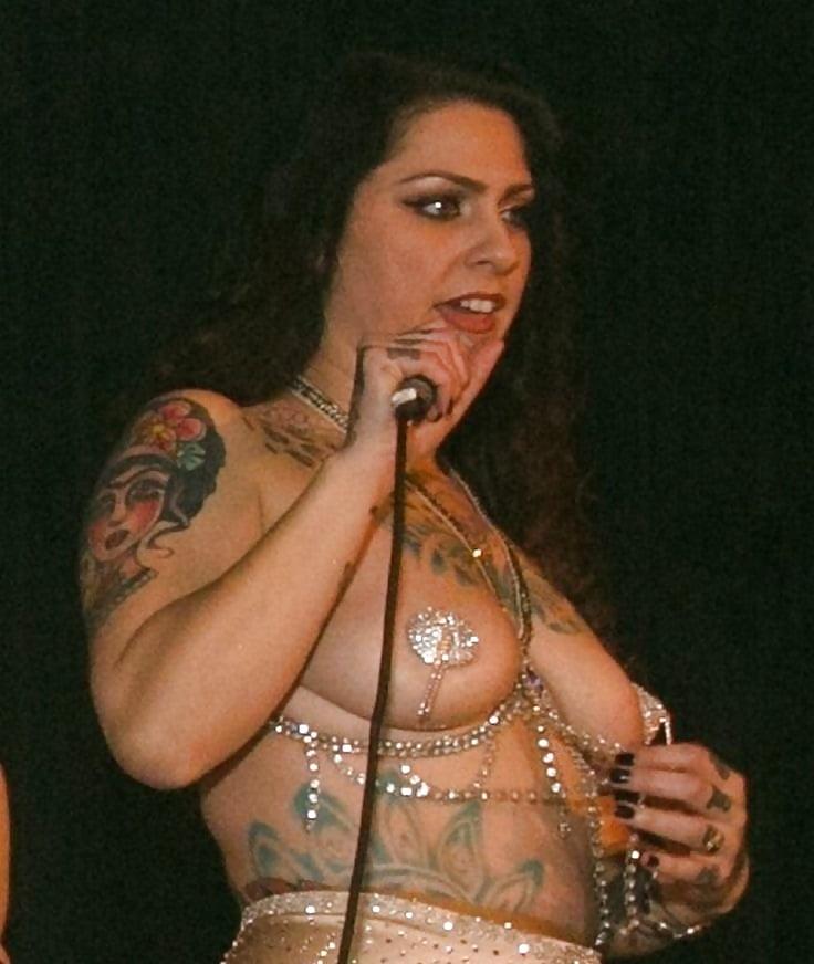 Fotos de danielle colby cushman nude