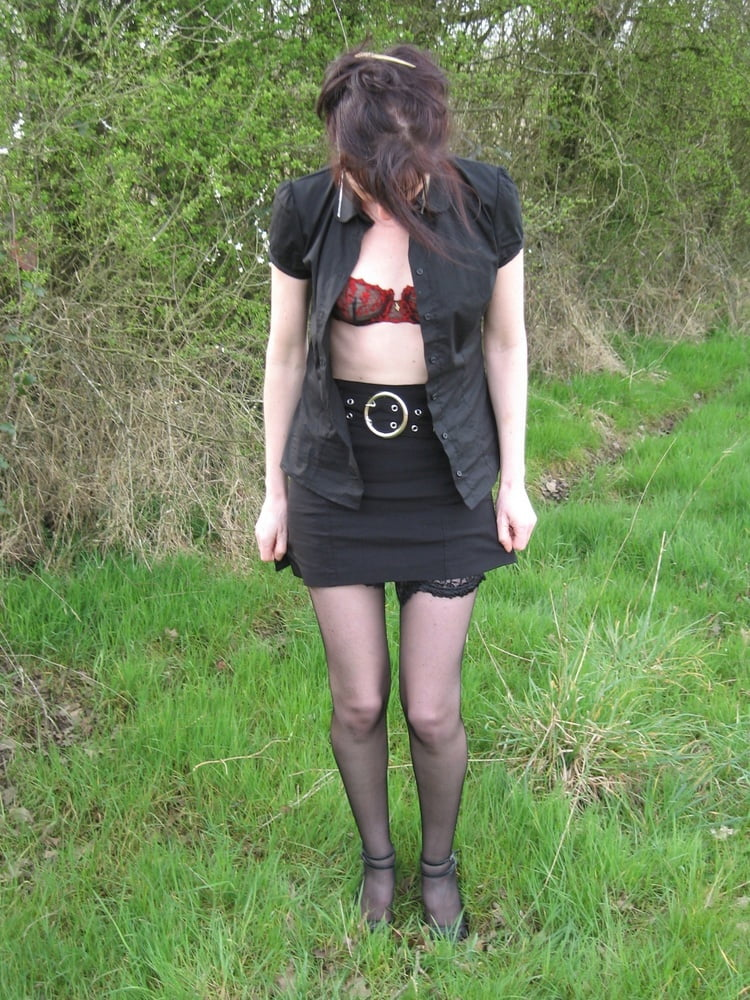 See and Save As french swinger slut goes dogging porn pict