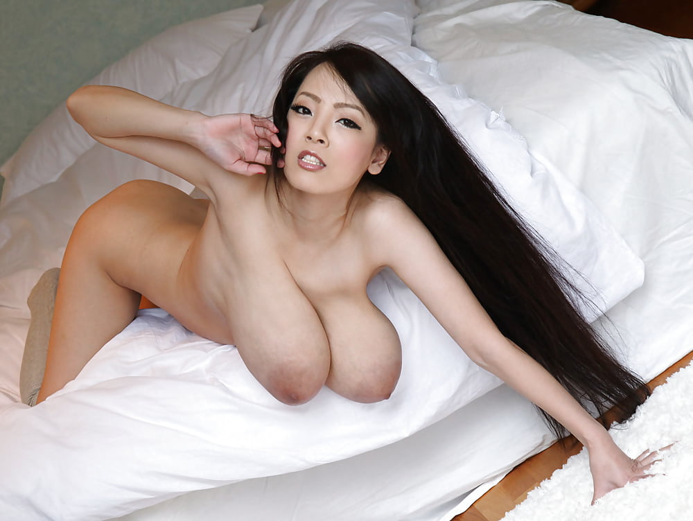 Tanaka nude woman 13