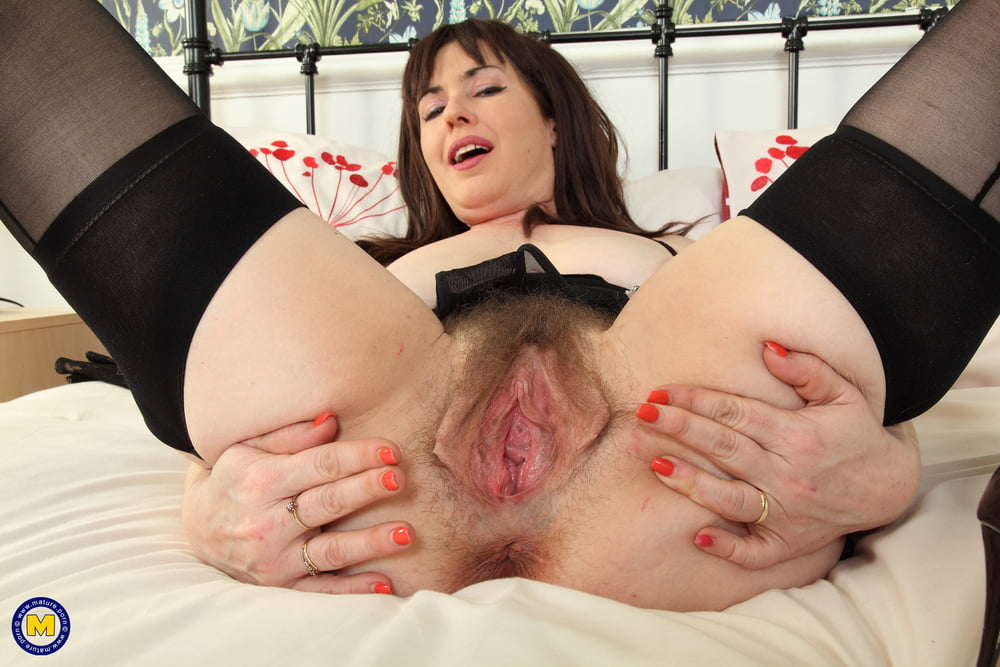 Merilyn free sex pussy cunt mature old