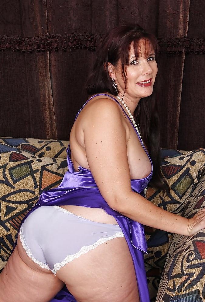 Beautiful Mature Woman - 11 Pics  Xhamster-3904