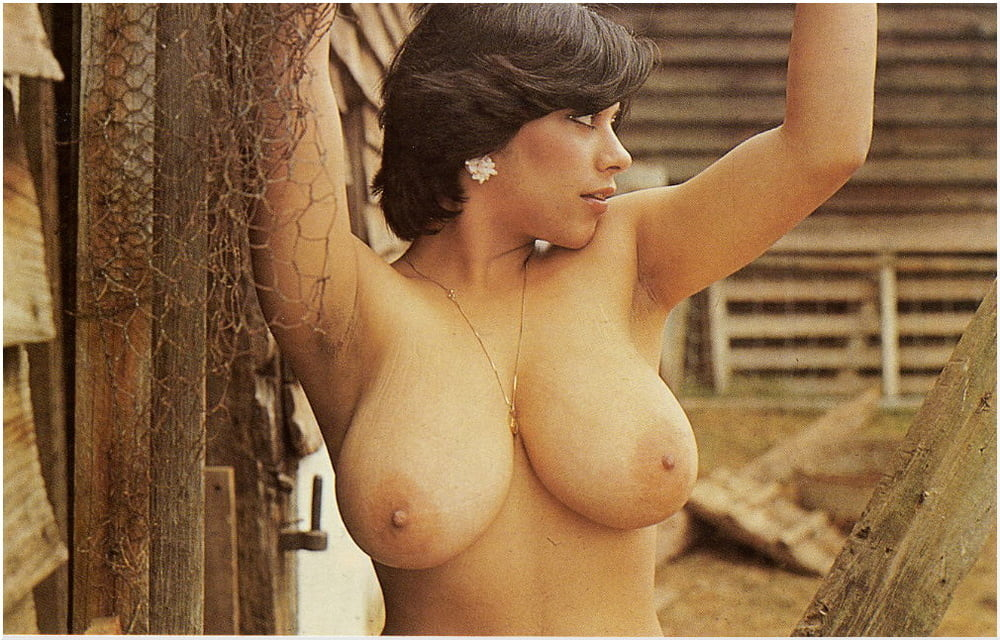 nude-busty-exotic-vintage-women-morning-nude-sex-pic