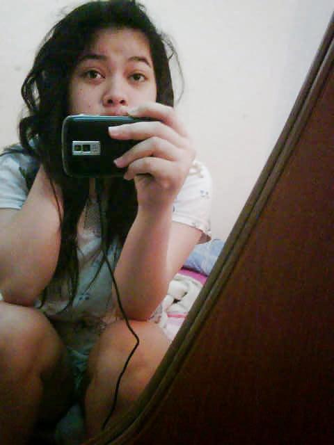 Nude teen photo on camera phone