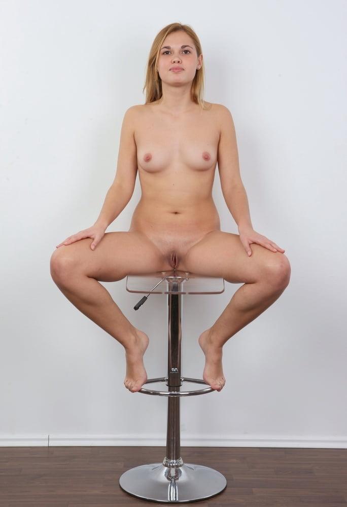 amateur-nude-casting-videos-naked-bit-tit-white-girl