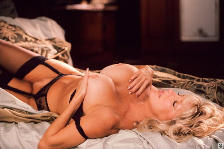 Stars Nude Photos Of Suzen Johnson HD