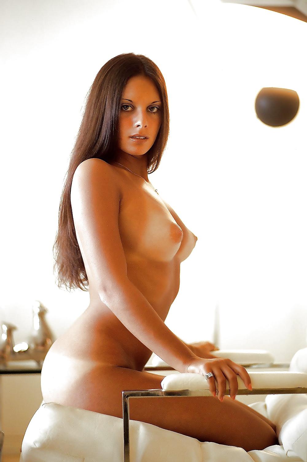 young-ellen-michaels-nude-porno-de-tunisie