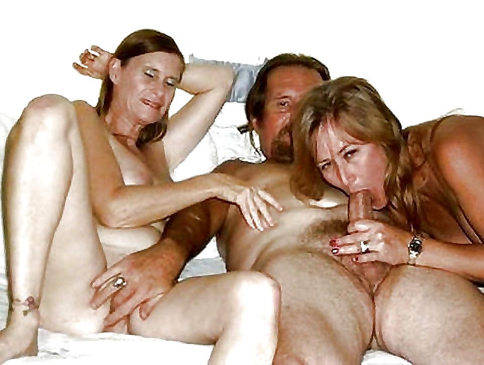 сторонам, увидел порно фото немецкая семья тоже ресторане