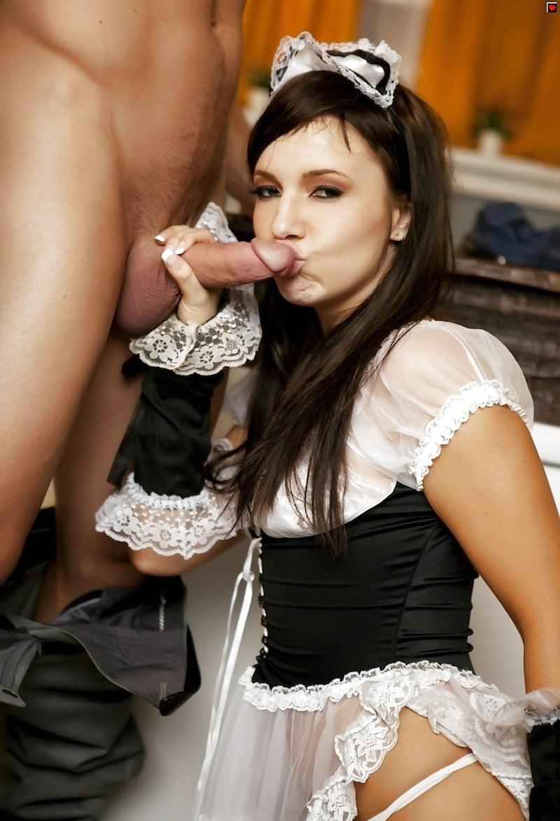 seks-s-krasivoy-gornichnoy-v-nomere-eroticheskoe-foto
