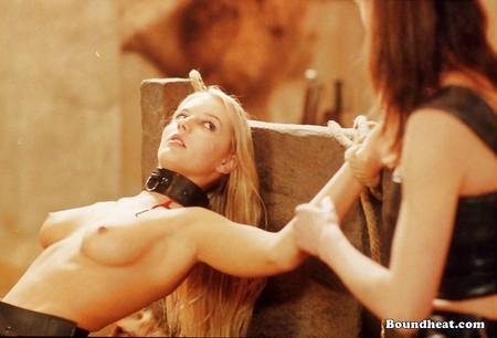 Evil Woman Facesitting Punishment