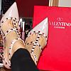 Stunning milf, gorgeous feet and heels