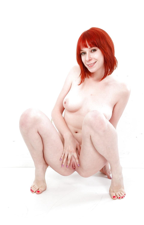 Zoey nixon pics