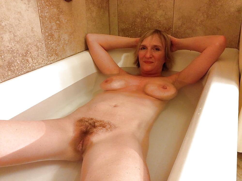 Toni Lynn  nackt
