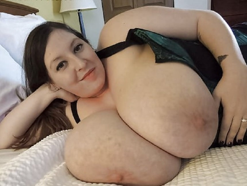 Giant natural tits milf-4860