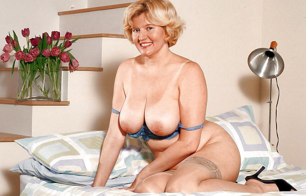 Karup's Older Women Porn Galleries By Date