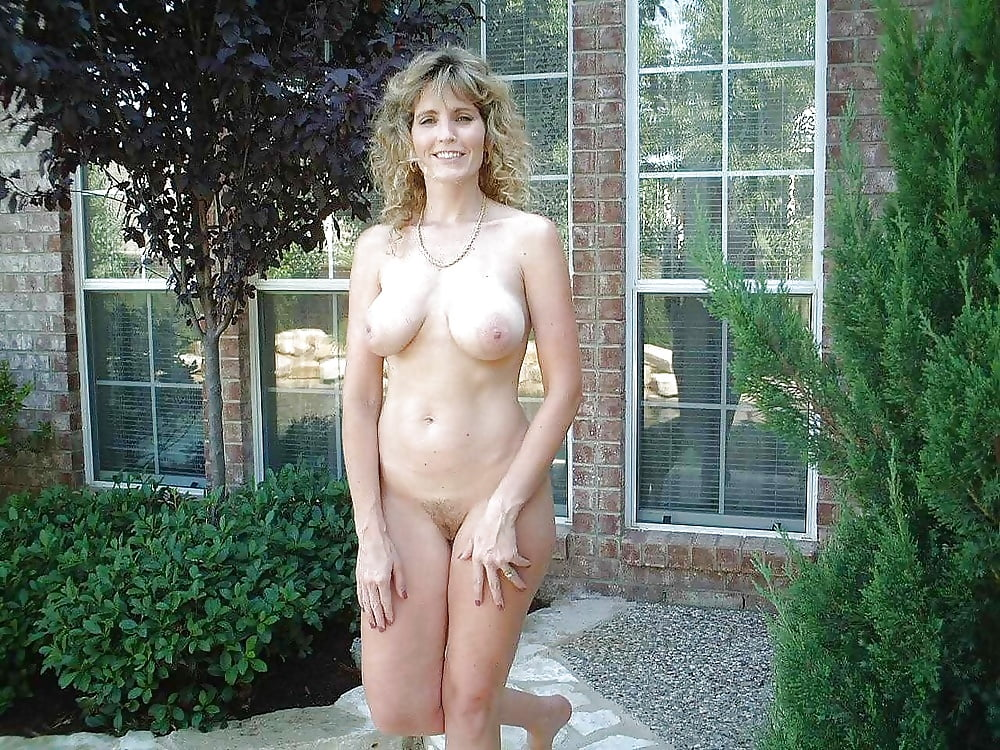 Real moms naked outdoors — photo 10