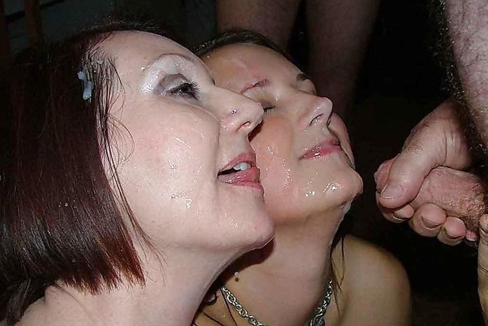 mamochka-slizivaet-spermu-podborki-analnih-popok-zrelih