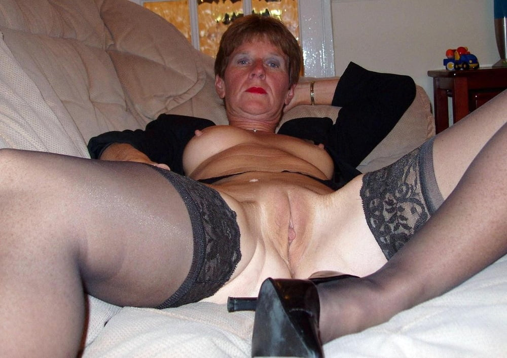Free mature granny homemade video, naked female tattoo sex