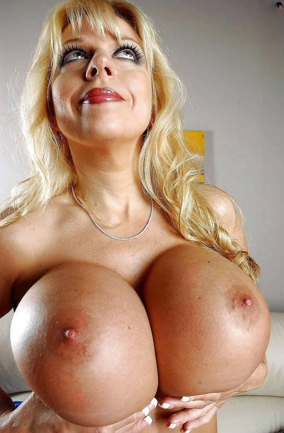 София росси фото галереи сперма на груди — photo 4