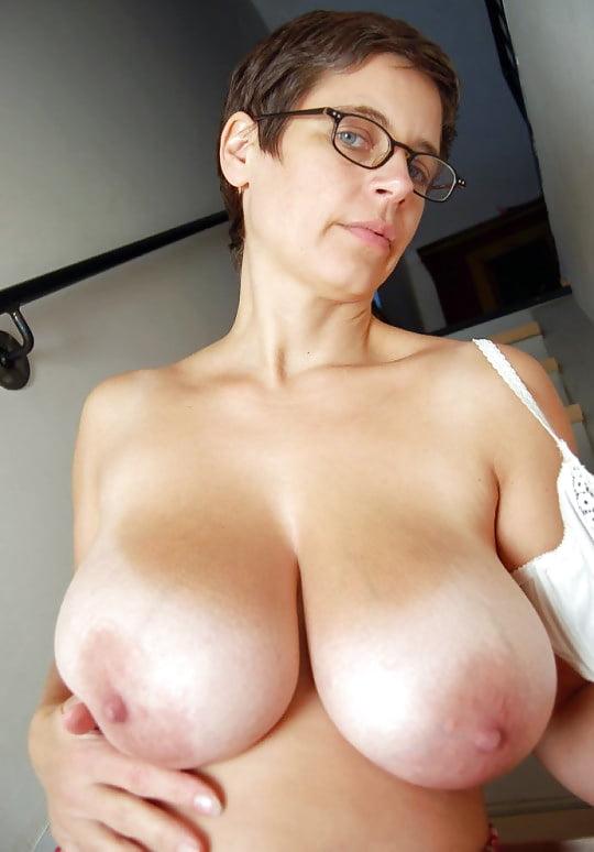 German big tits milf homemade ride and massage