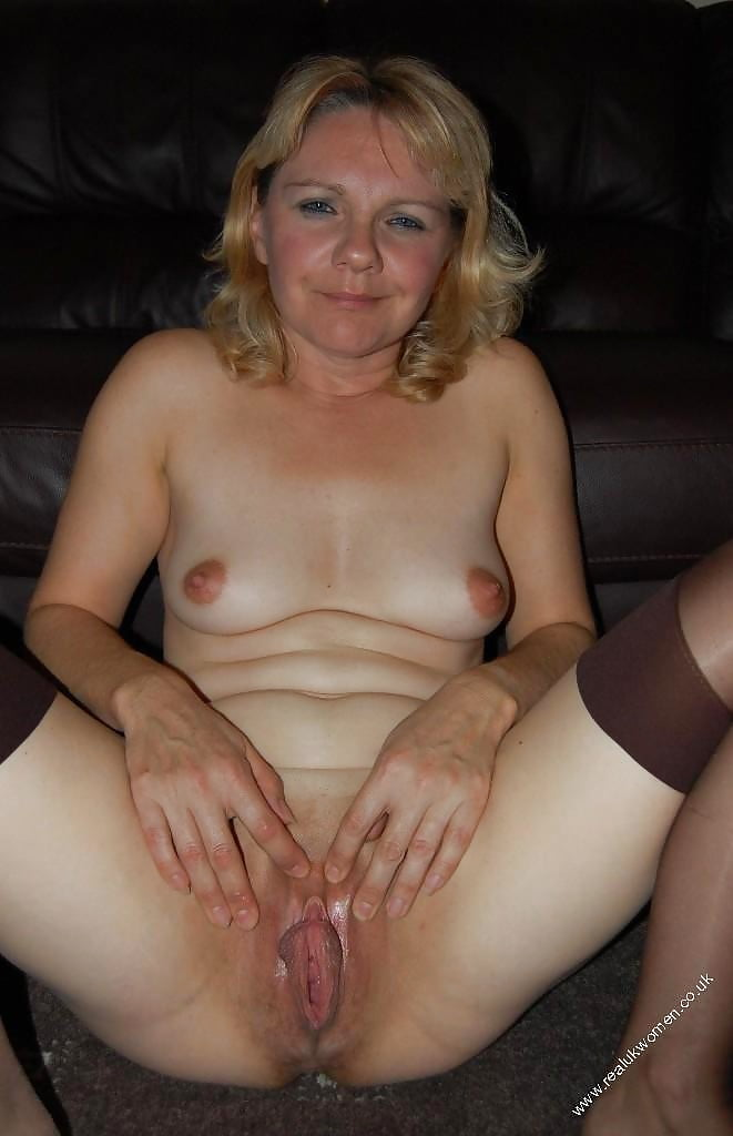 Topless British Housewives Nude Jpg