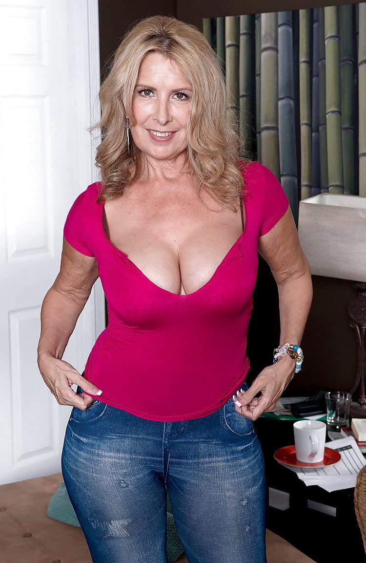 Laura layne porn star-3202