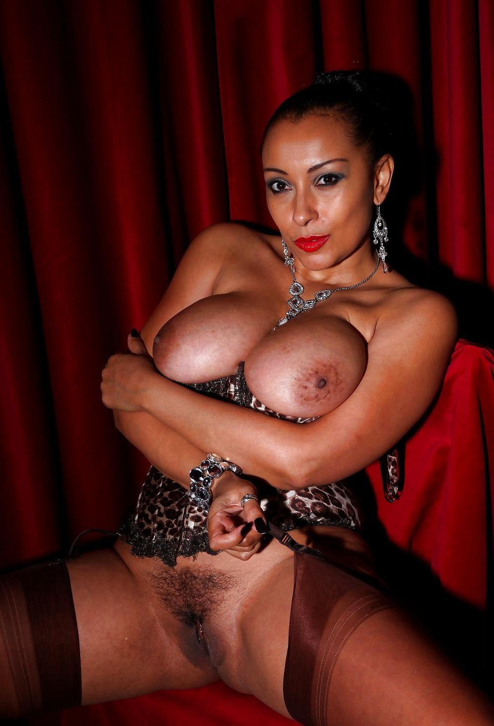 sexy hot big boobs pics