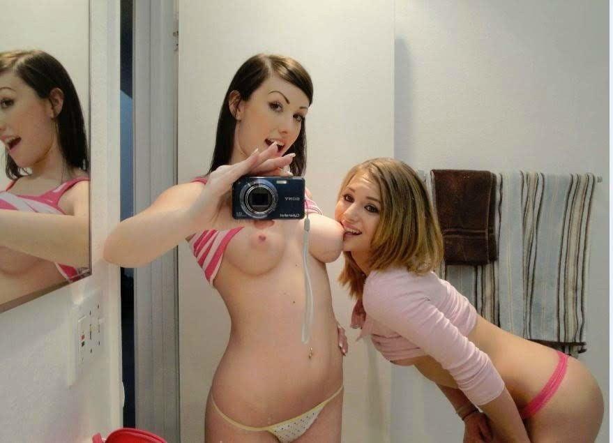 Euro lesbian babes toying ass-6205