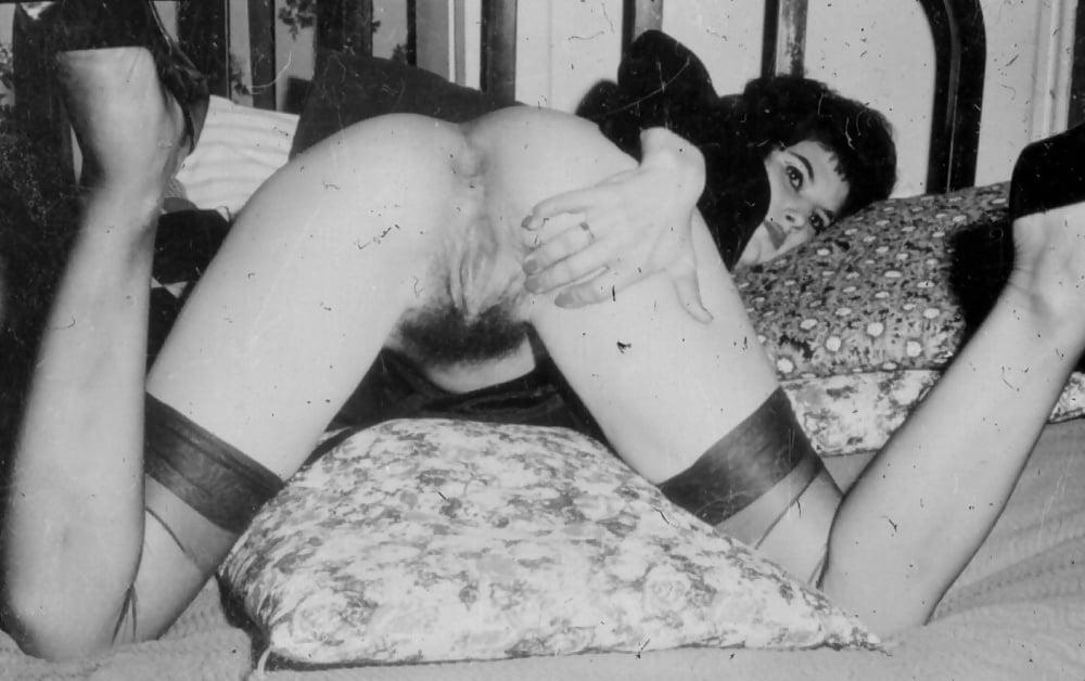 Ебет студентку порно фото древнего века пизды крупного размера