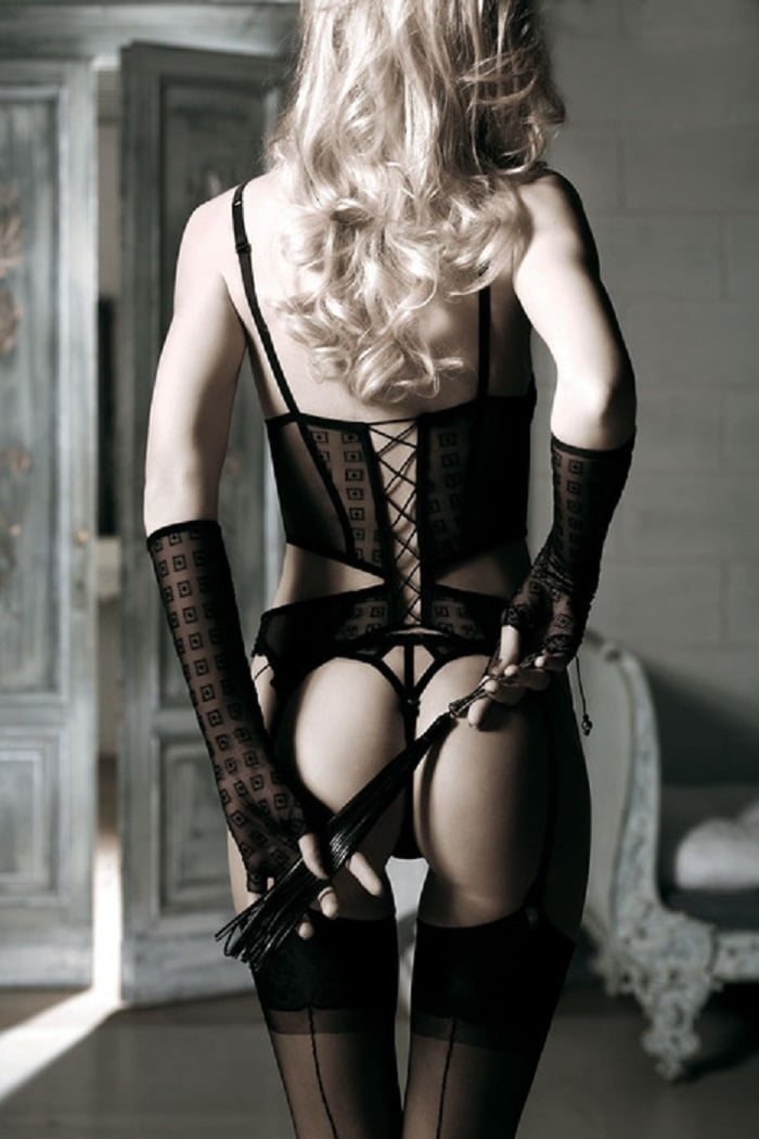 Bondage lace lingerie set
