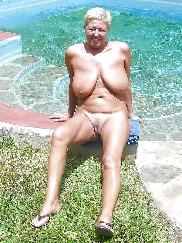 nude-sunbathing-grannies-naked-babes-pictures