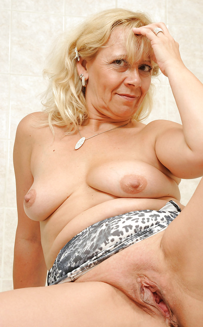Free old shaved pussy galleries 7