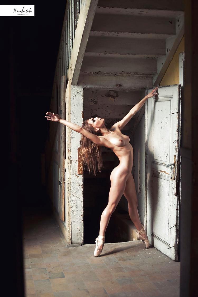 Women sports accidental nudity