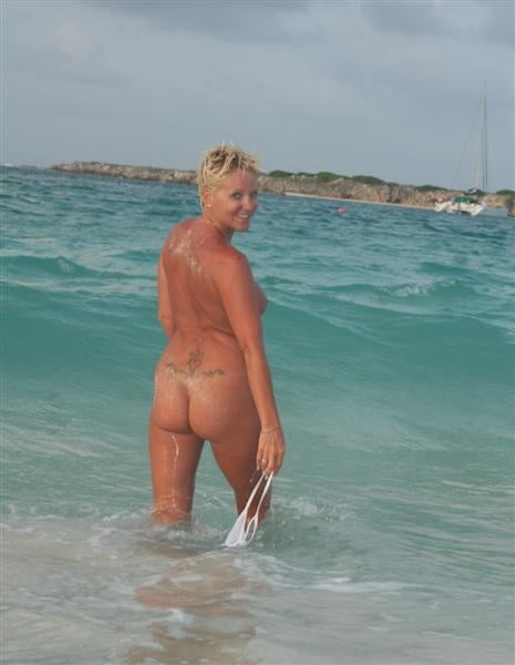 Granny amateur nude pics