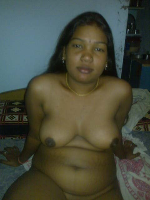 Nude images of tamil aunties