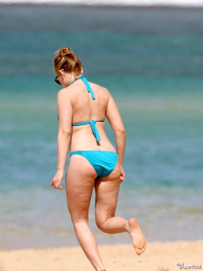 Scarlett johansson bikini photos-7615