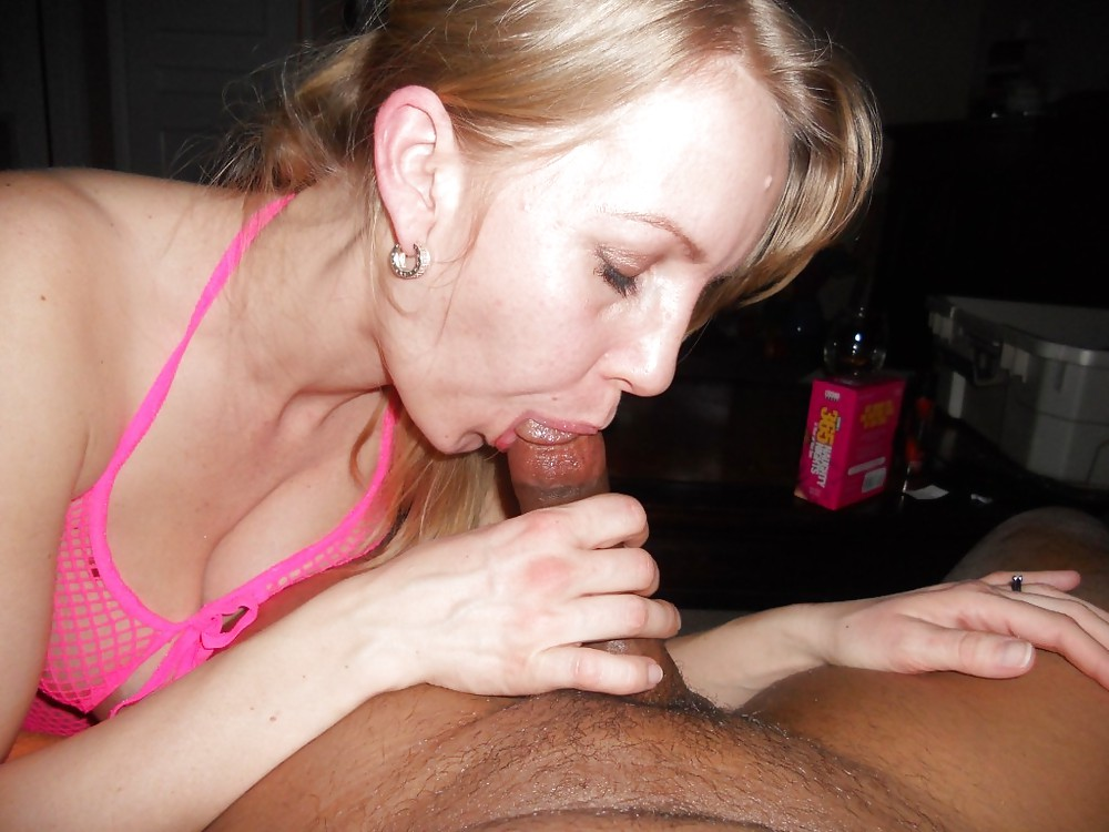 Hot wives giving blowjobs
