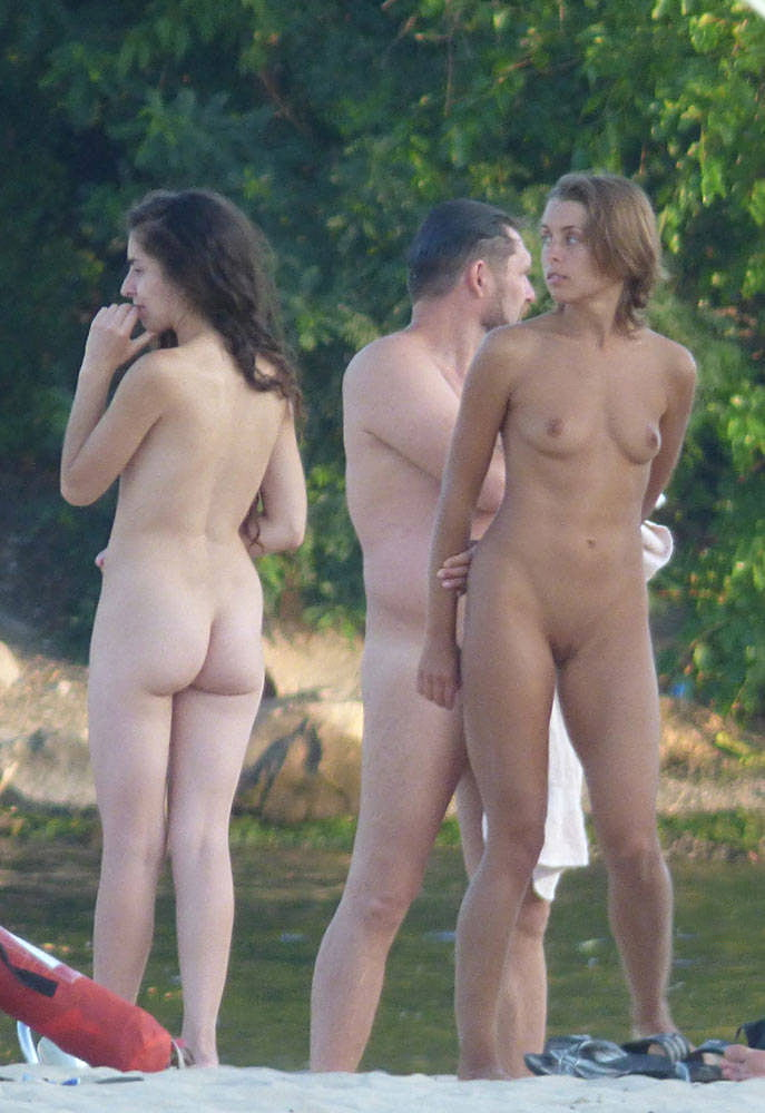 Nude sex with stranger