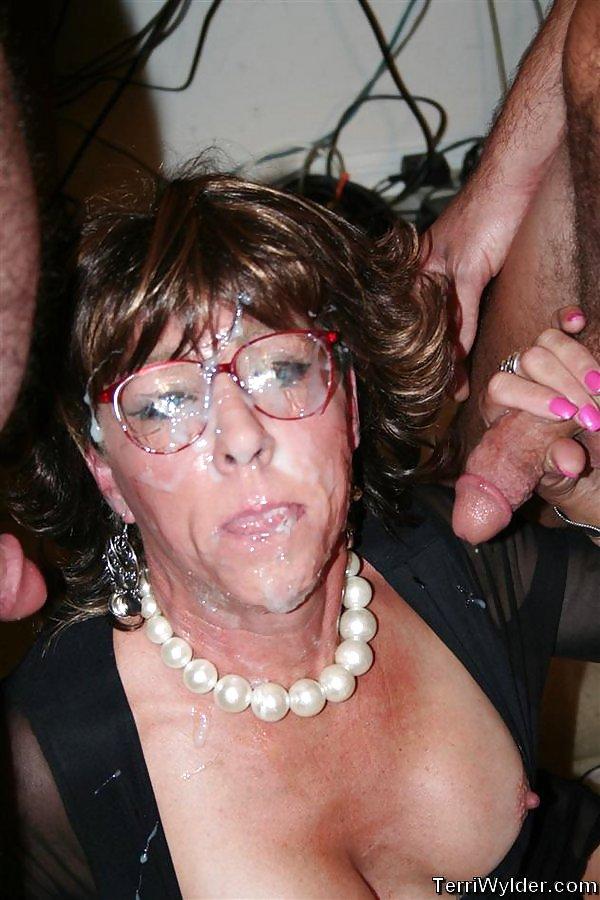 Indian granny cum facedtures — pic 4
