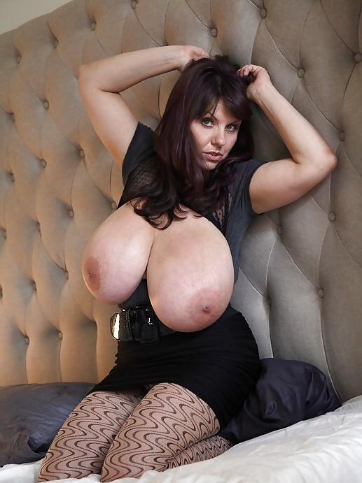 pictures-sexy-milf-milena-velba-pornstar