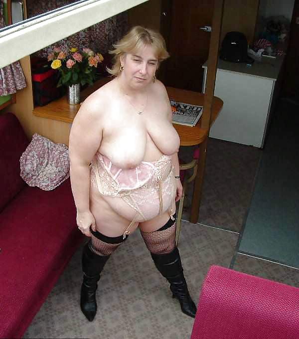 Asian hairy vagina