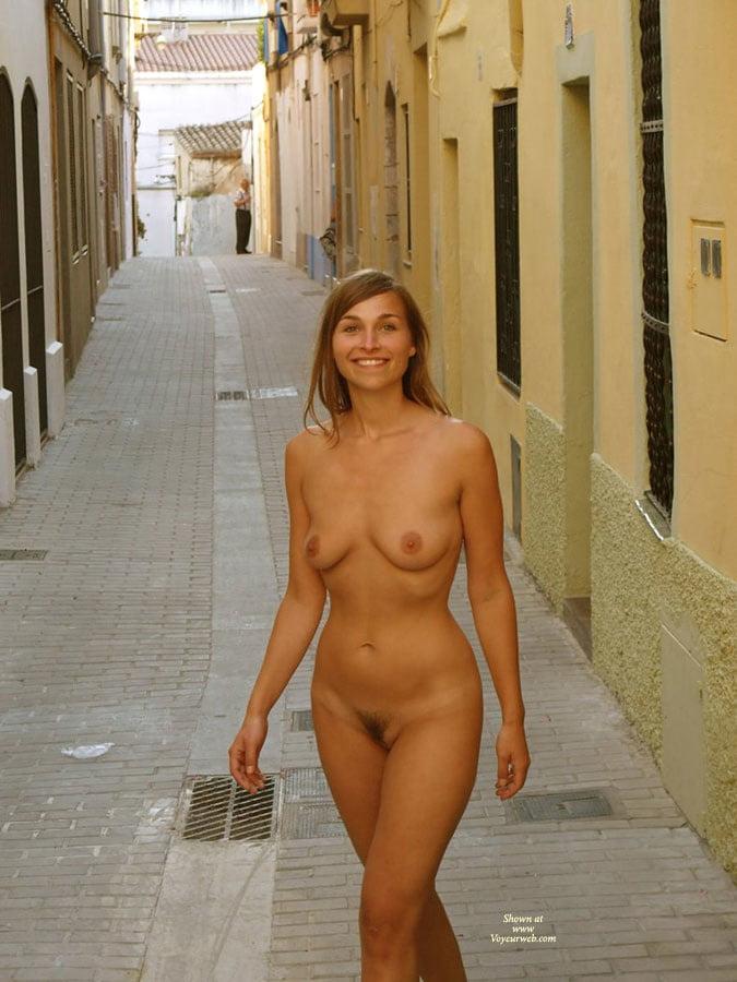 Naked dares girls 5