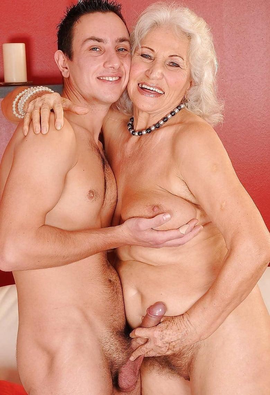 фото секс пожилых жен с молодым пенисом это вагиз