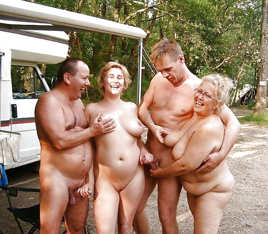 Mature naked couple pics