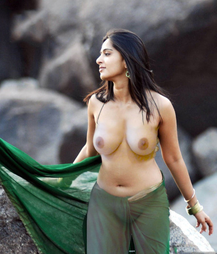 Which Actress Has The Sexiest Boobs In The World